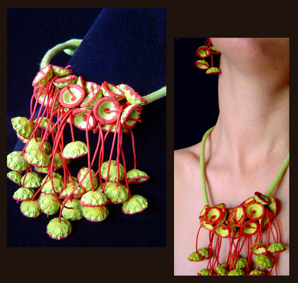 BEGONA RENTERO: Necklace Granada, Leaf Green