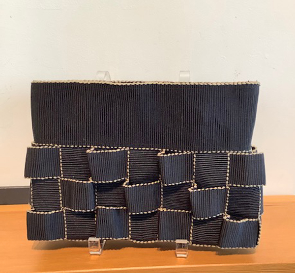 CANDIS E. KRUMMEL: Sculpture Day Clutch, Black
