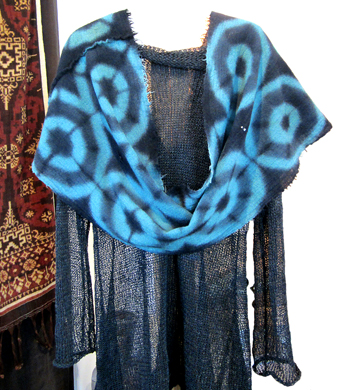 "MARY JAEGER: Teal ""Diamond 5"" Scarf"